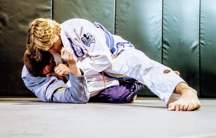 Advanced Jiu Jitsu - Van Isle Brazilian Jiu Jitsu